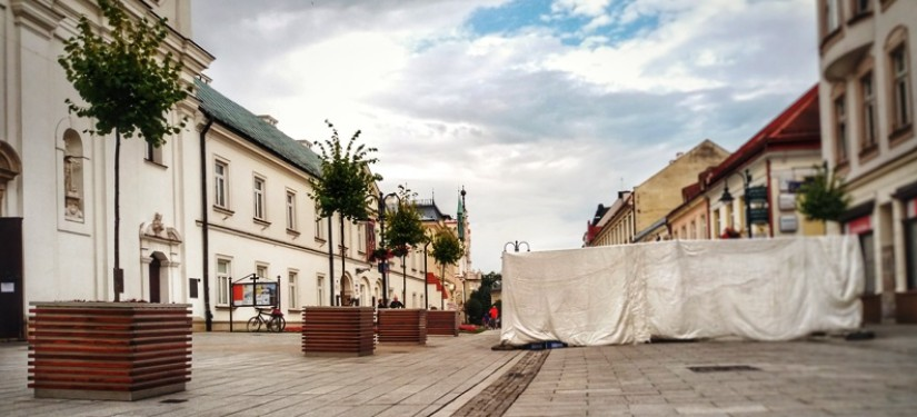 Blokada wjazdu na 3 Maja od Jagiellońskiej?