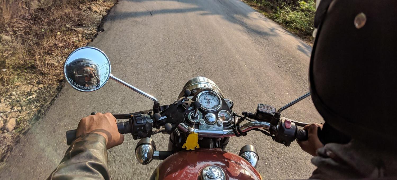 15-latek na motocyklu uciekał przed policją do lasu