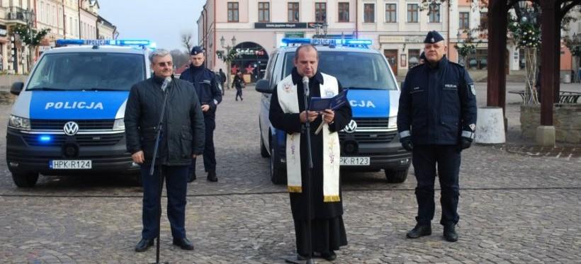 Dwa nowe radiowozy dla rzeszowskich policjantów! (FOTO)
