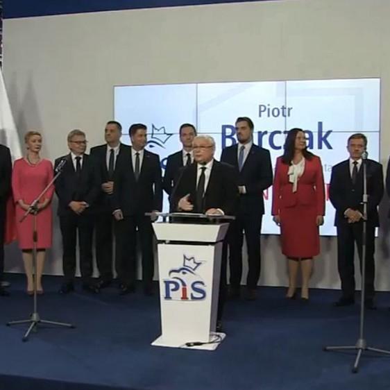 Prezes PiS przedstawia kandydatów na prezydentów dużych miast. Zobacz kto w Rzeszowie! (TRANSMISJA)