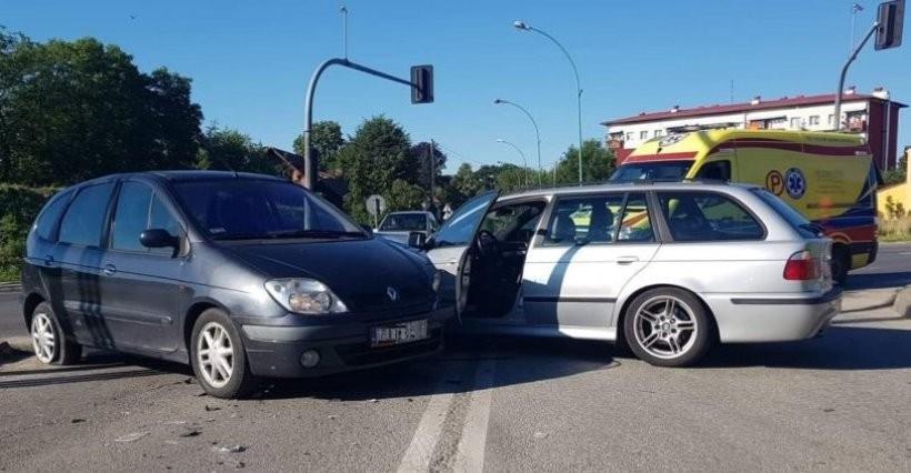 Wypadek w Łańcucie. Trzy osoby ranne, w tym 4-latek (FOTO)