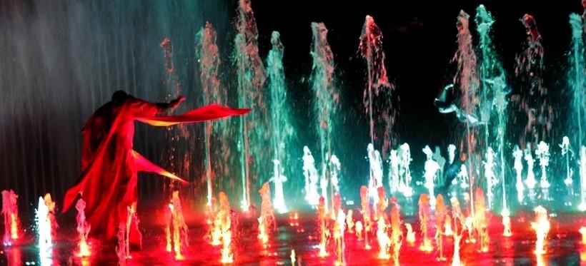 Pierwszy pokaz specjalny fontanny multimedialnej! (FOTORELACJA)