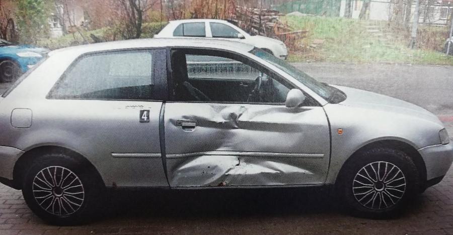 LESKO. Staranował samochód rywala. Wcześniej doszło do kłótni o dziewczynę (ZDJĘCIA)