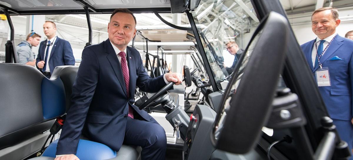 Andrzej Duda za kierownicą melexa (ZDJĘCIA)