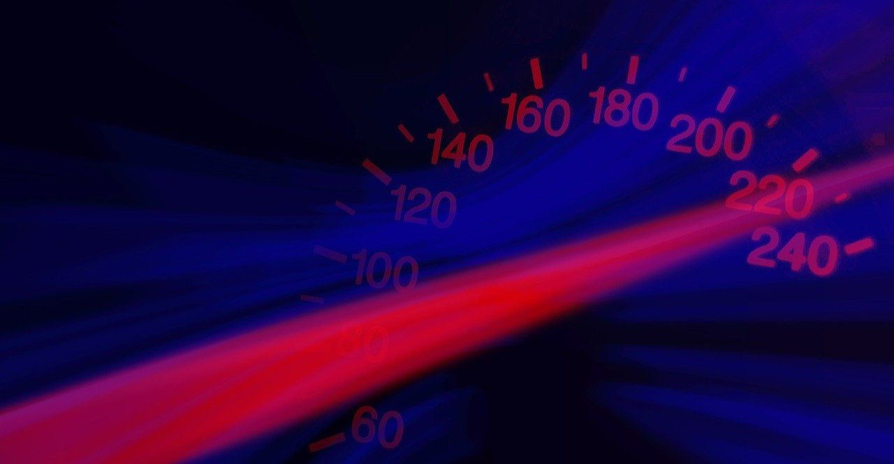Kierowcy. Noga z gazu!