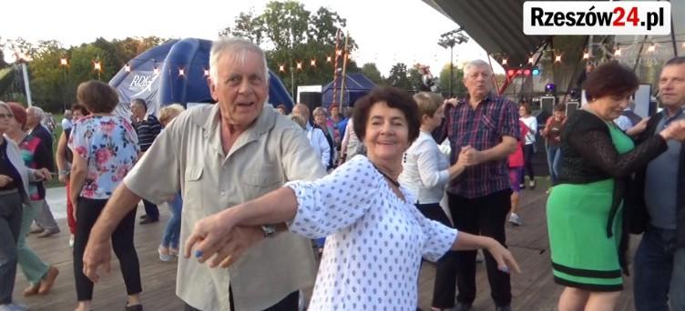 W sobotę zakończono majowy cykl Potańcówek dla Seniorów (WIDEO)