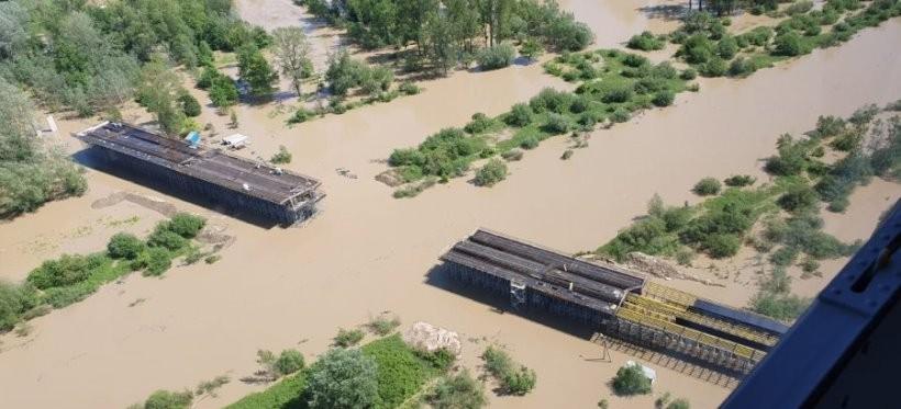 Powódź na Podkarpaciu: Część dróg nadal jest nieprzejezdna (ZDJĘCIA)