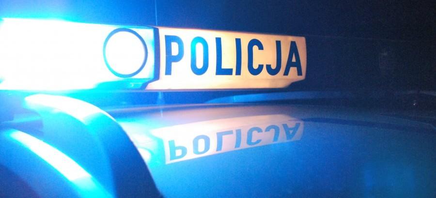 Pijany kierowca przejechał leżącego na drodze mężczyznę. 32-latek zmarł