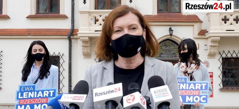 """Ewa Leniart zebrała podpisy i ogłosiła hasło wyborcze: """"Rzeszów ma moc"""" (VIDEO, FOTO)"""