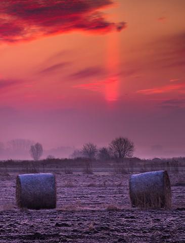 Piękne zjawisko! Słup słoneczny w obiektywie Witolda Ochała! (ZDJĘCIE)