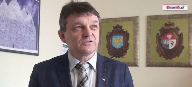 SANOK: Oświadczenie starosty Stanisława Chęcia