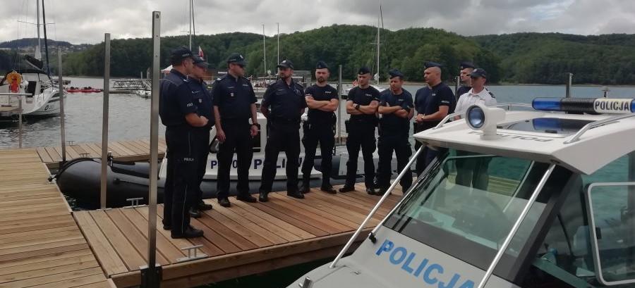 SOLINA. Policyjna przystań, motorówki gotowe do akcji. Rozpoczął się sezon (FOTO)