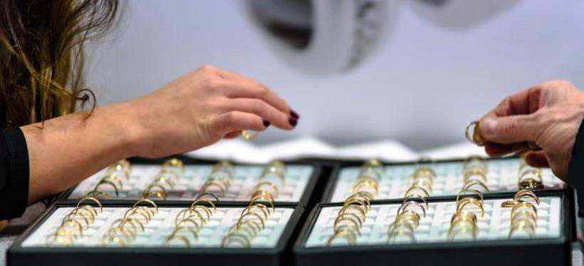 RZESZÓW: W galeriach handlowych była sprzedawana podrobiona biżuteria