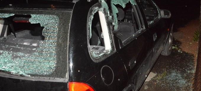 Siekierą powybijał szyby w samochodzie (FOTO)