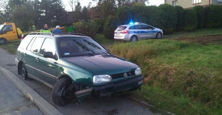 Stracił panowanie nad pojazdem i uderzył w betonowy przepust