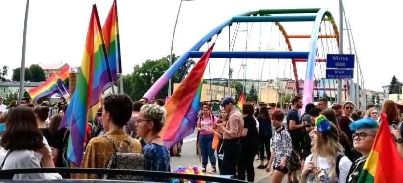 """""""LGBT to nie ideologia""""? W środę manifestacja na rzeszowskim Rynku!"""
