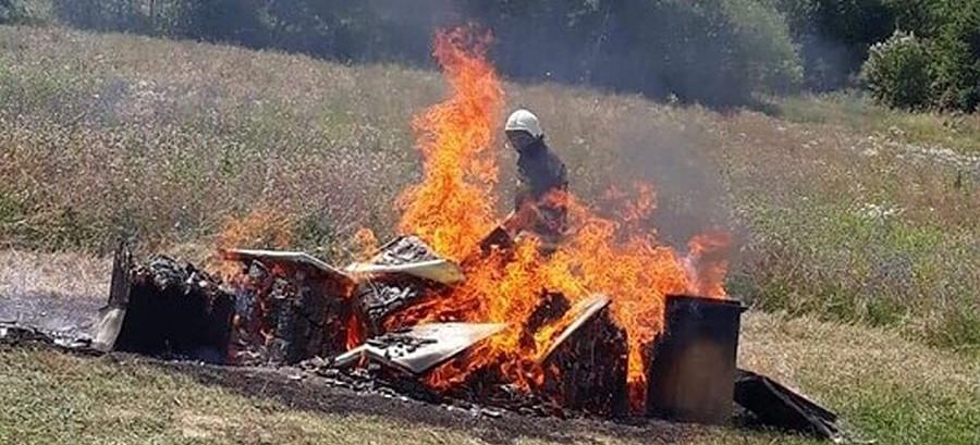 POWIAT SANOCKI: Płonąca pasieka! Tyko tak można zniszczyć chorobę (FOTO)