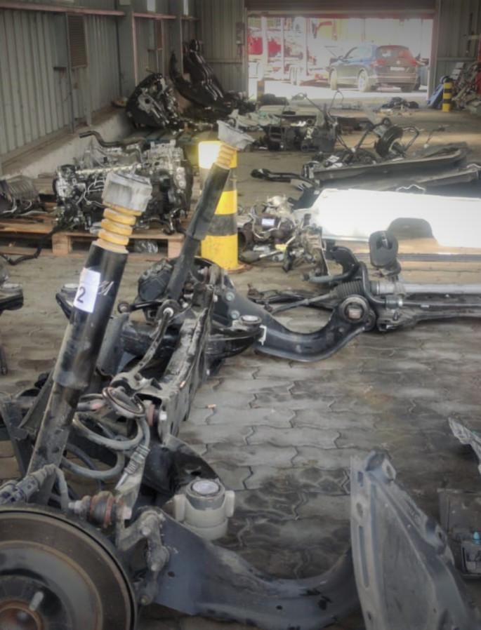 GRANICA: Skradziona Mazda rozebrana na części