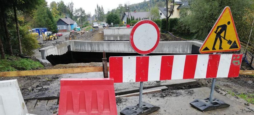 Budowa mostu w Tarnawie. Koszty niższe o 1/5 (ZDJĘCIA)