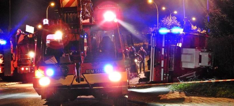 RZESZÓW: Pożar domu i wypadek wozu strażackiego! (ZDJĘCIA)
