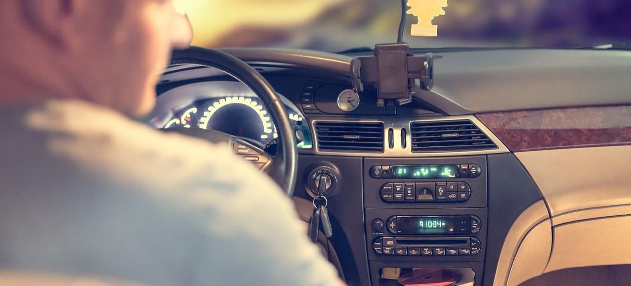 Nietrzeźwy i zakazem prowadzenia pojazdów