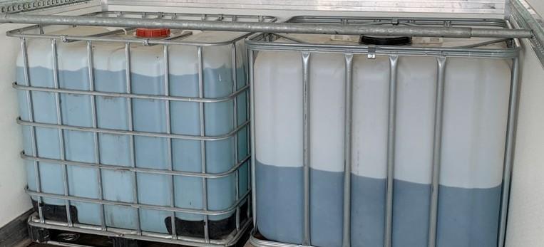 KAS przekazała ponad 1400 litrów spirytusu na walkę z pandemią (ZDJĘCIA)