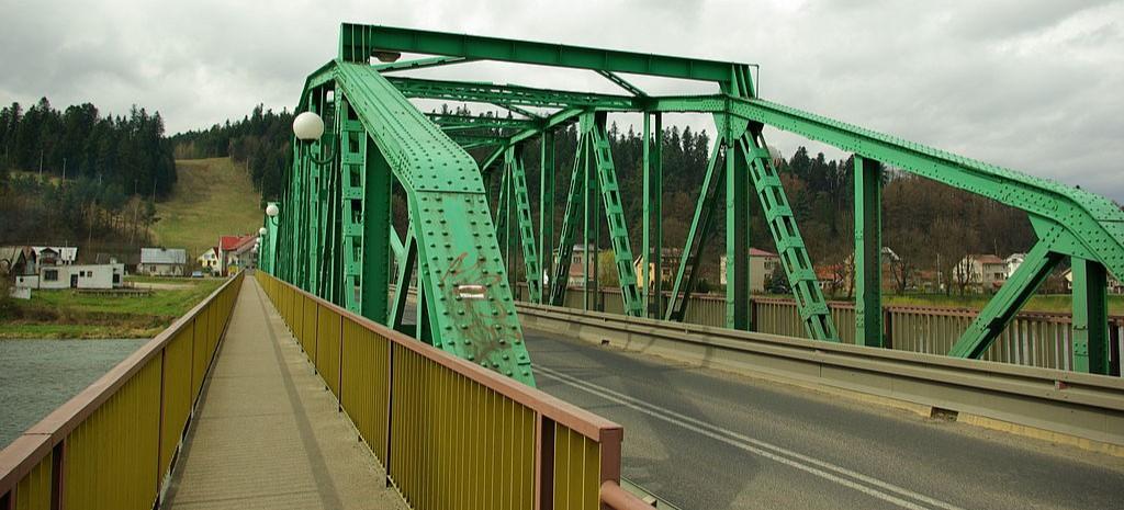 Ograniczenie nośności na moście w Huzelach. Widmo wielomilionowych strat (FOTO)
