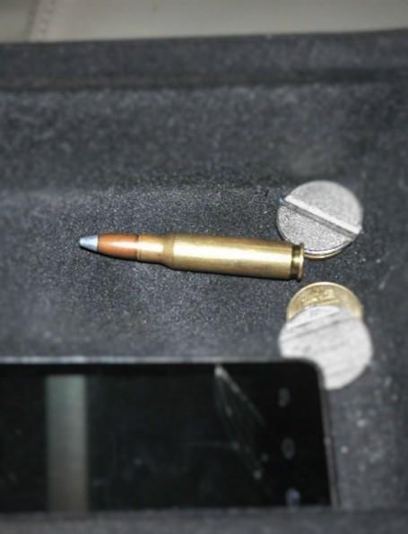 Wystrzałowy talizman oraz niewybuch na granicy