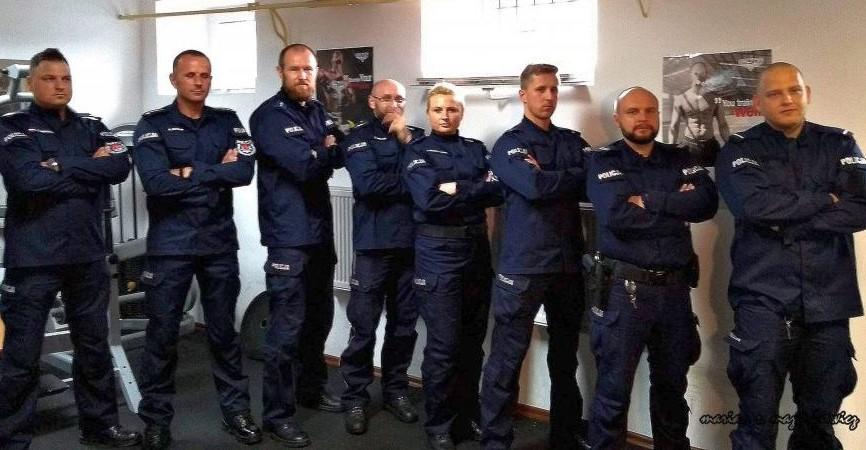 Charytatywne pompowanie bieszczadzkich policjantów. Nominacja dla Sanoka (VIDEO)