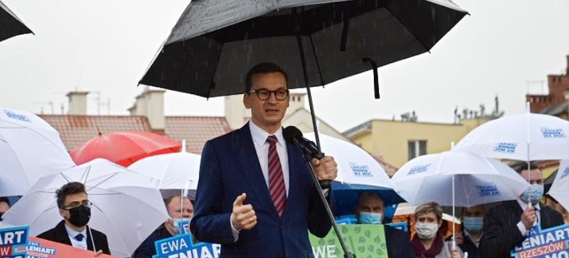 Premier w Rzeszowie: Ewa Leniart będzie dbała o wszystkich rzeszowian (VIDEO, ZDJĘCIA)