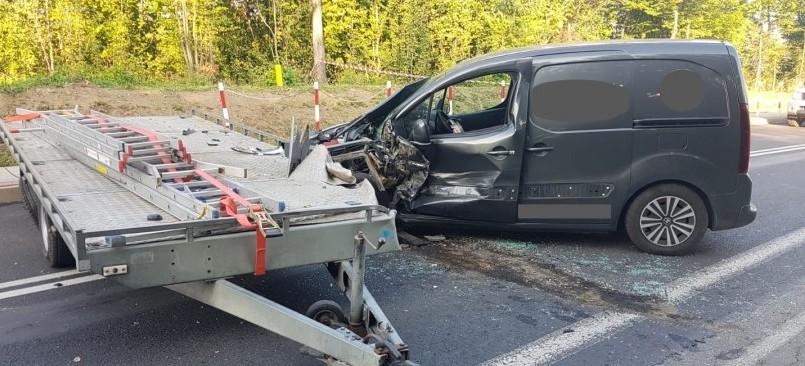 Wypadek w Nowosielcach. 47-latek w szpitalu (ZDJĘCIA)