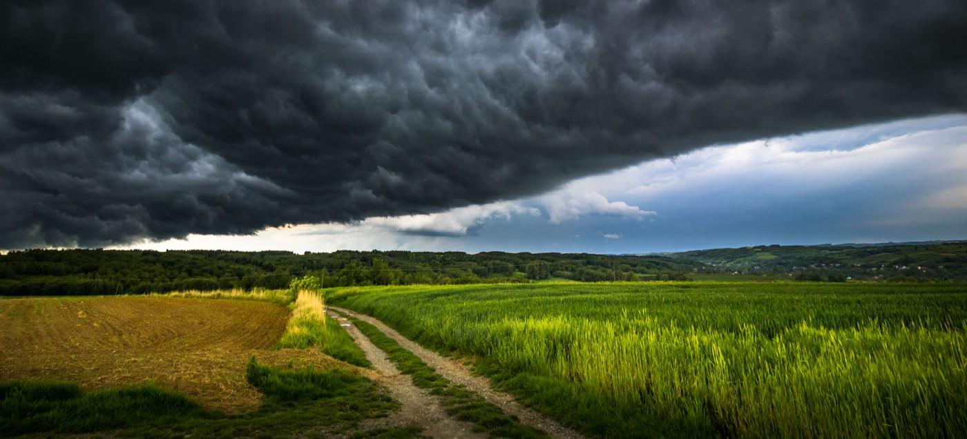 Niecodzienne zdjęcia burzy. Robią wrażenie! (FOTO)