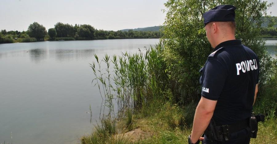 35-letni rzeszowianin i 37-letnia kraśnianka zaginęli na spływie kajakowym. Odnaleźli ich policjanci!