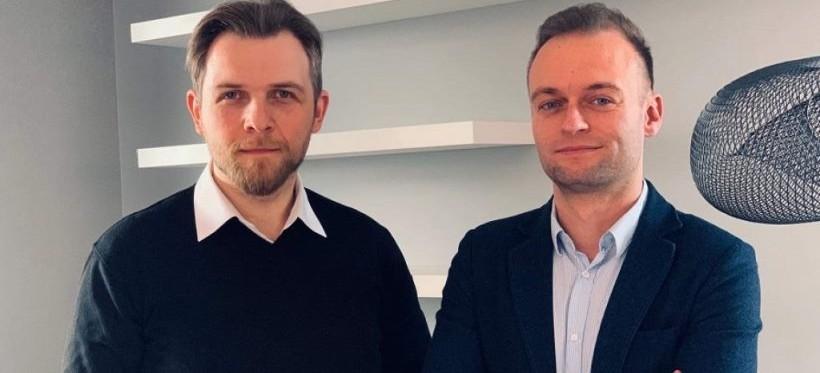 Absolwenci rzeszowskiego WSIiZ-u otrzymali milion złotych dotacji z PARP-u!