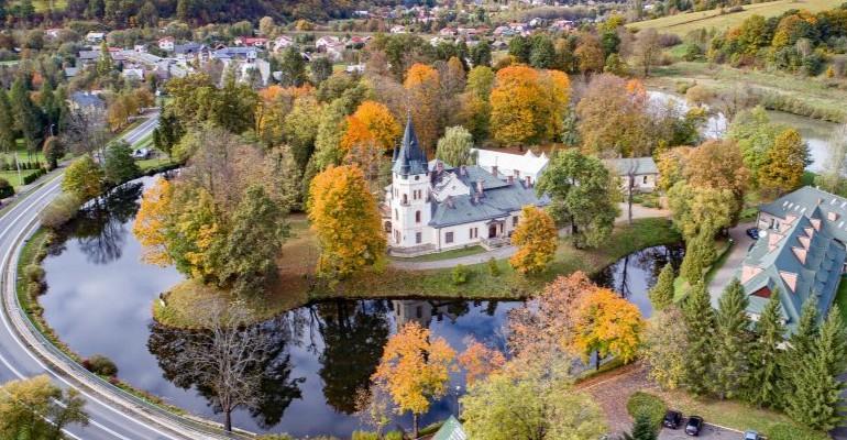 Pałac w Olszanicy: Pracę znajdzie 40 osób (VIDEO)