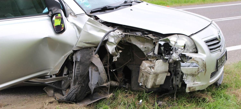 Wyprzedzał trzy ciężarówki. Doprowadził do czołowego zderzenia (ZDJĘCIA)