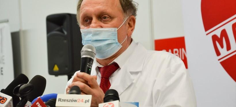 """Zarząd CM """"Medyk"""" rozważa rezygnację z programu szczepień"""