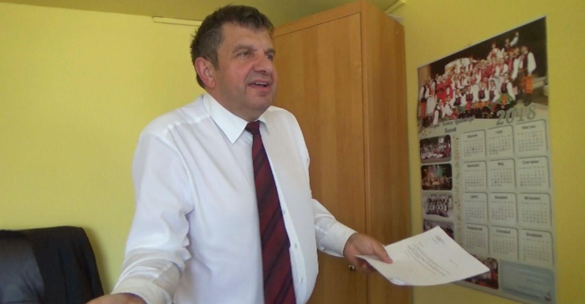 Dlaczego wicestarosta Krawczyk tak usilnie unika odpowiedzi? (VIDEO)