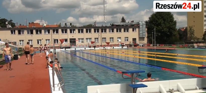 RZESZÓW. W sobotę otwarcie basenów ROSiR-u! [GODZINY OTWARCIA, CENNIK]