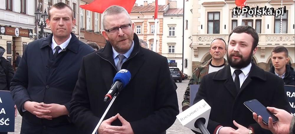 Konferencja prasowa Grzegorza Brauna na rzeszowskim Rynku (VIDEO)