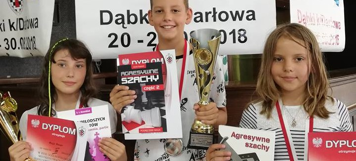 Świetne występy szachistów Parnasa Stara Wieś. Trzy medale mistrzostw Polski (ZDJĘCIA)