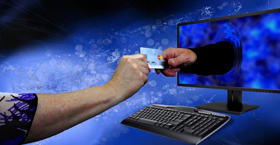 Oszuści w Internecie. Bądźmy ostrożni podczas zakupów internetowych!