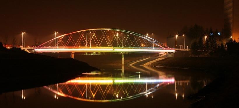 RZESZÓW. 134 latarnie rozświetlą teren nad Wisłokiem! Wykonawca wybrany