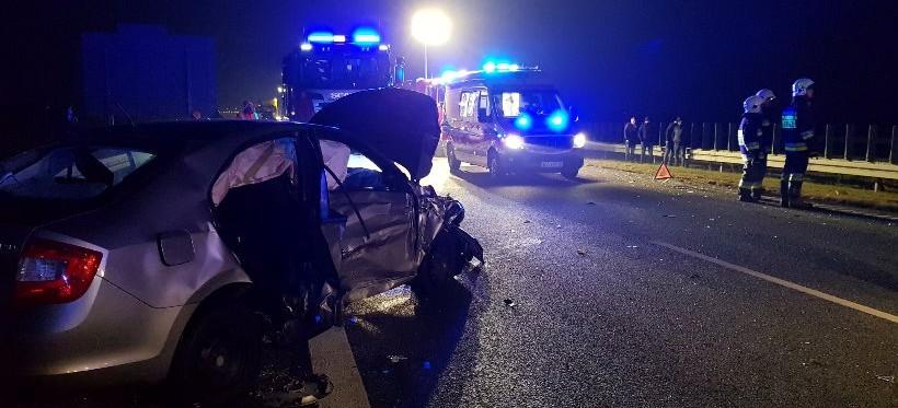 BRATKOWICE. Wypadek na autostradzie A4! Pięć osób rannych, w tym dwoje dzieci