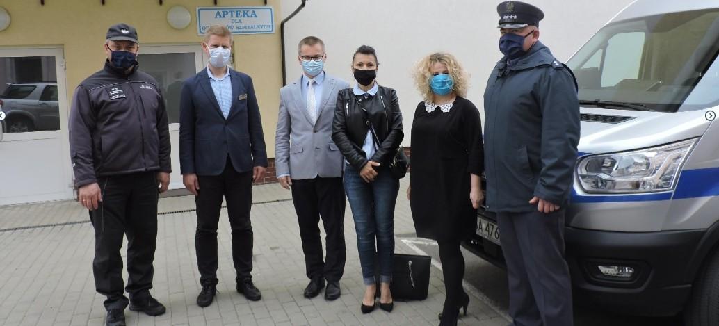 Funkcjonariusze SW wsparli brzozowski szpital