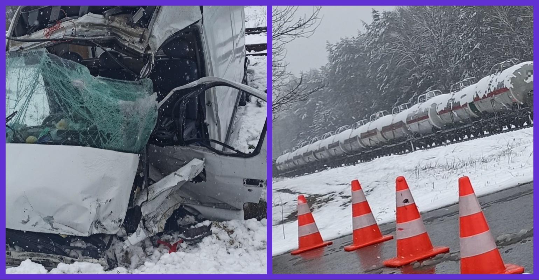 Tragedia w Hucie Deręgowskiej! Zginęło dwóch mężczyzn jadących busem (ZDJĘCIA)