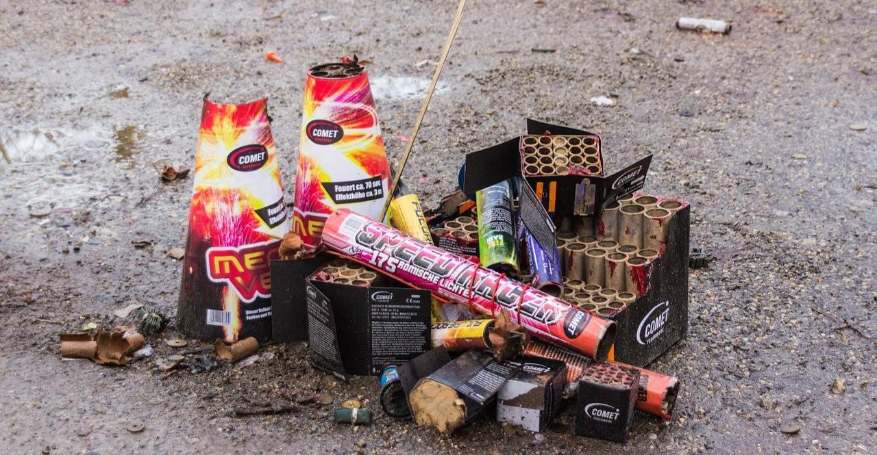 Poparzenia, zranienia, pożary! Używasz fajerwerków? Rób to z głową!