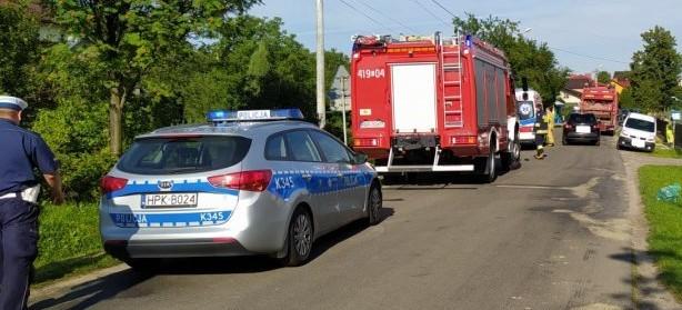 Potrącenie pieszego w Zmiennicy. 60-latek w szpitalu (FOTO)