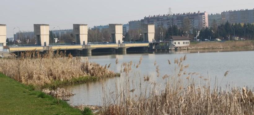 RZESZÓW: Otwarcie ofert przetargowych na odmulanie zalewu
