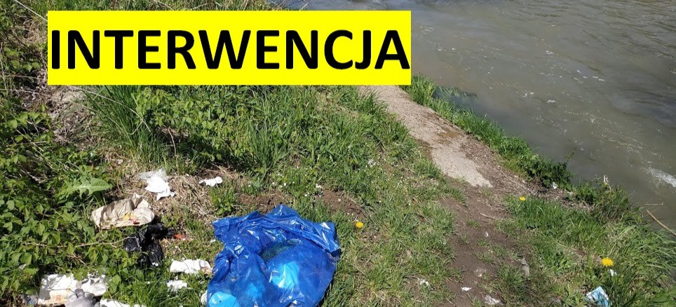 INTERWENCJA. SANOK: Dzikie wysypisko śmieci tuż obok Sanu (ZDJĘCIA)